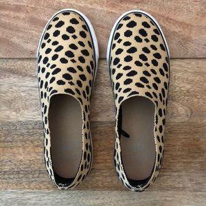 Women's size 7 leopard sneakers